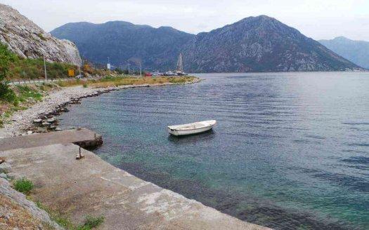 kotorski zaliv urbanizovani plac