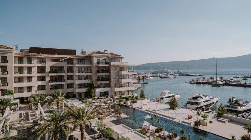 regent porto montenegro duzi najam