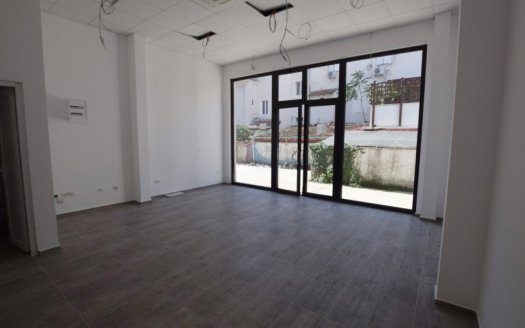 tivat centar poslovni prostor prodaja